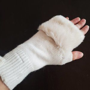 NWT Pretty Steve Madden Faux Fur Fingerless gloves